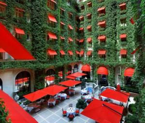 Hotel-Plaza-Athénée-Paris