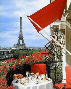 Unique Plaza Athenee view_Eiffel_Tower
