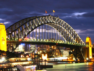 SydneyHarbourBridgeNight